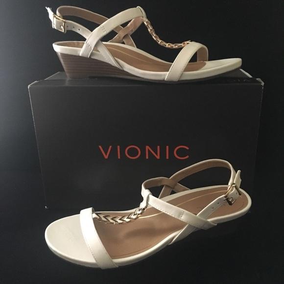 638c77ef23db Vionic Sandals Women Cali T-Strap 8.5 M White